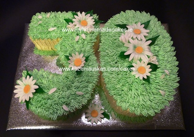 30 daisy cake