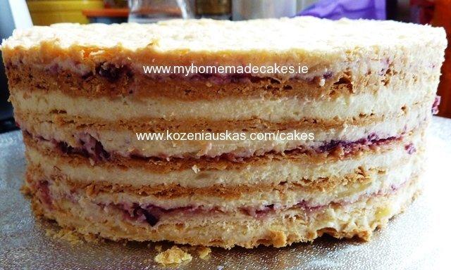 ''Napaleon'' cake